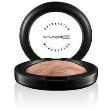 MAC - Mineralized Skinfinish in Soft and Gentle