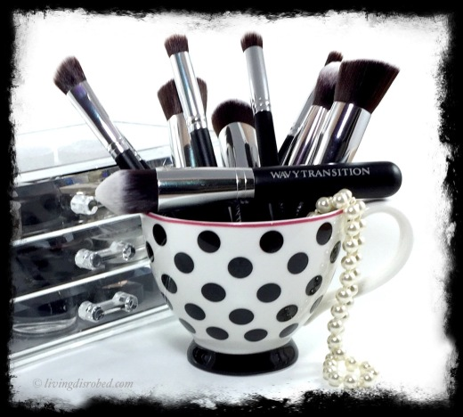 Wavy Transition Makeup Brushes