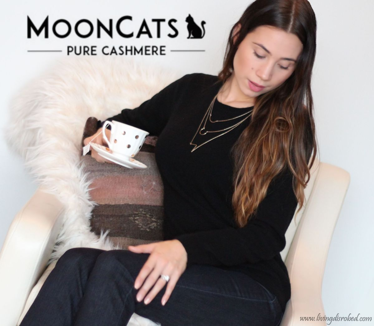Cashmere Sweater Moon Cats