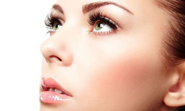 Best Natural Eye Lash Growth Serum