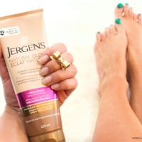 Get Sun Kissed Skin with Jergens Natural Glow!