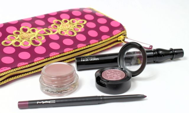 MAC Nutcracker Sweet Plum Eye bag review