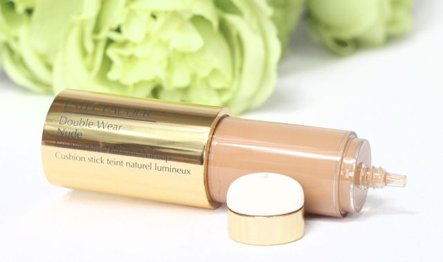 estee-lauder-double-wear-foundation-review