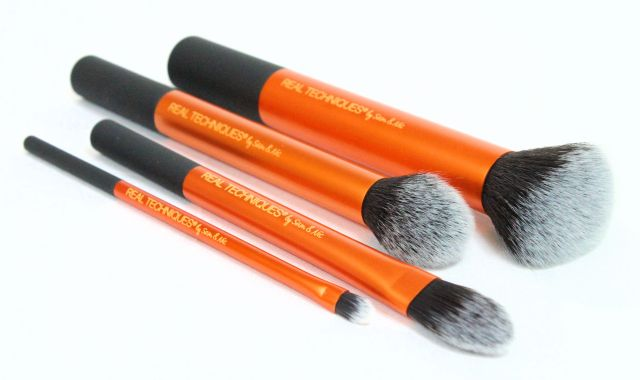 Real Techniques Core Collection Brush Review